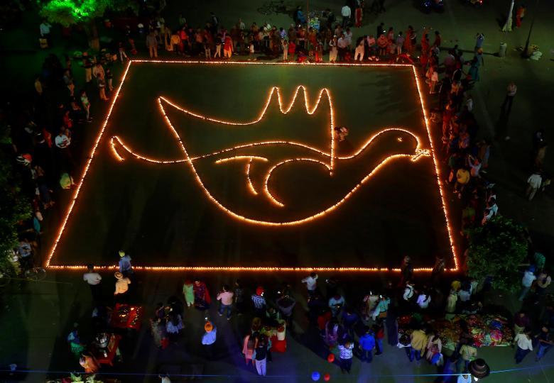 Tưng bừng lễ hội ánh sáng Diwali khắp nơi trên thế giới Ảnh 18