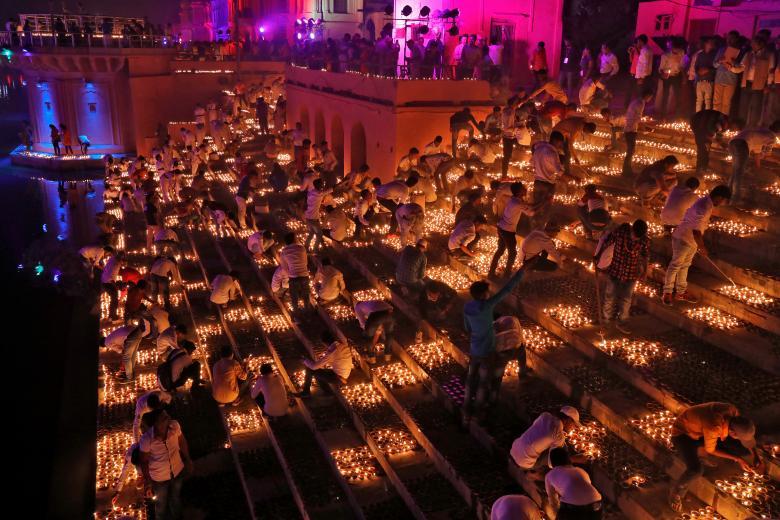 Tưng bừng lễ hội ánh sáng Diwali khắp nơi trên thế giới Ảnh 2