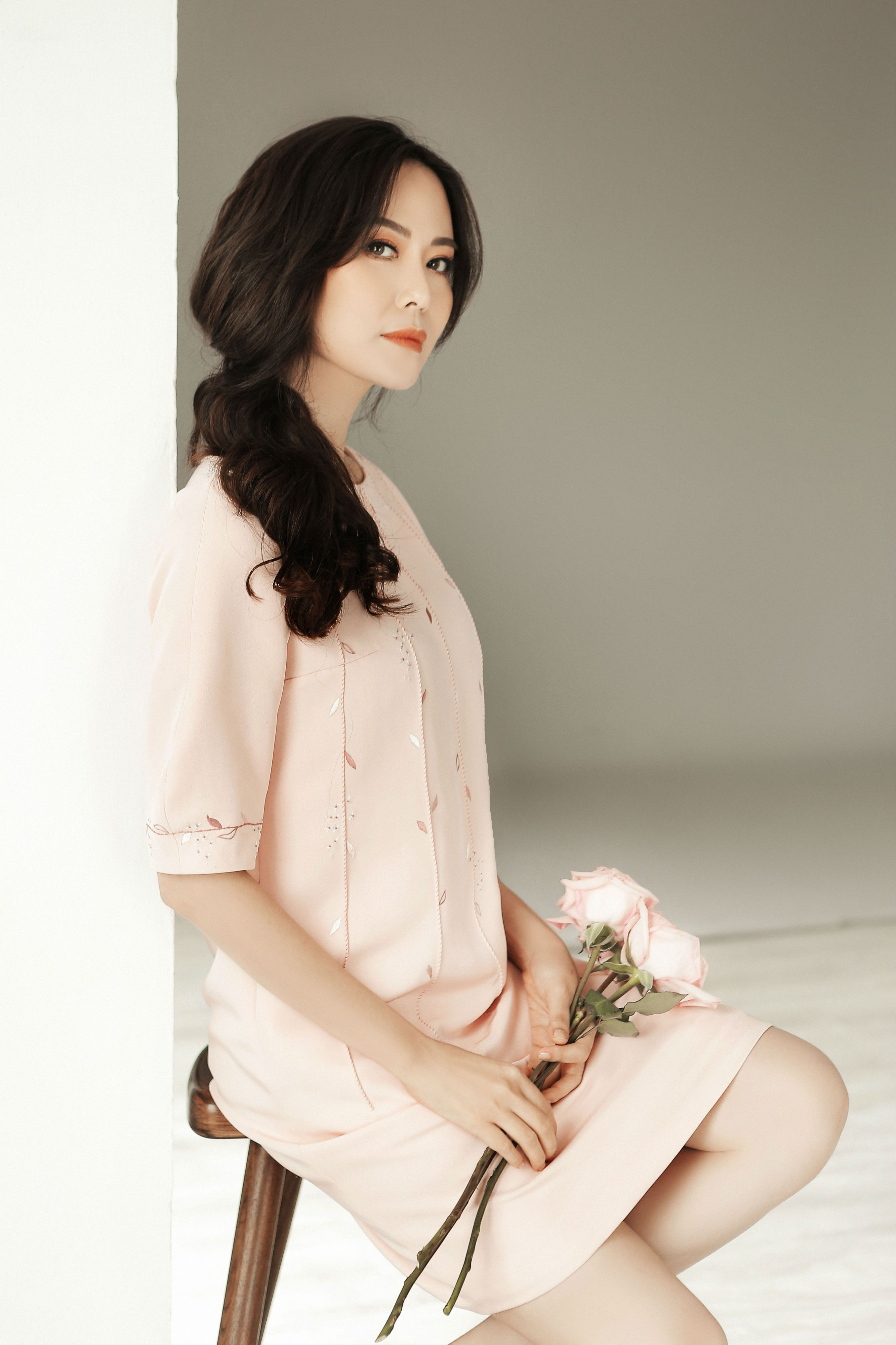 Hoa hậu Thu Thủy tiết lộ bí quyết trẻ đẹp ở tuổi 43 Ảnh 2