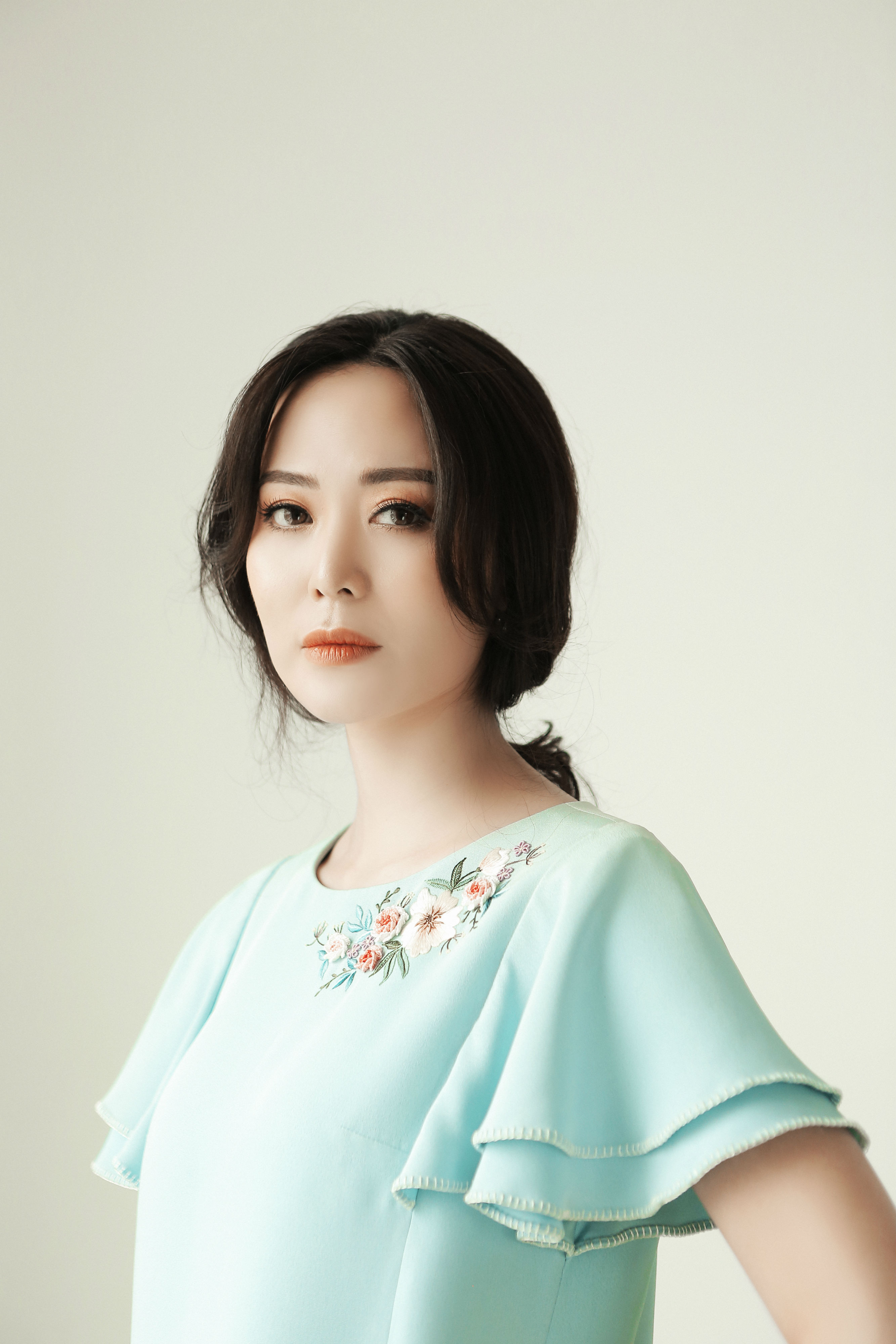 Hoa hậu Thu Thủy tiết lộ bí quyết trẻ đẹp ở tuổi 43 Ảnh 3