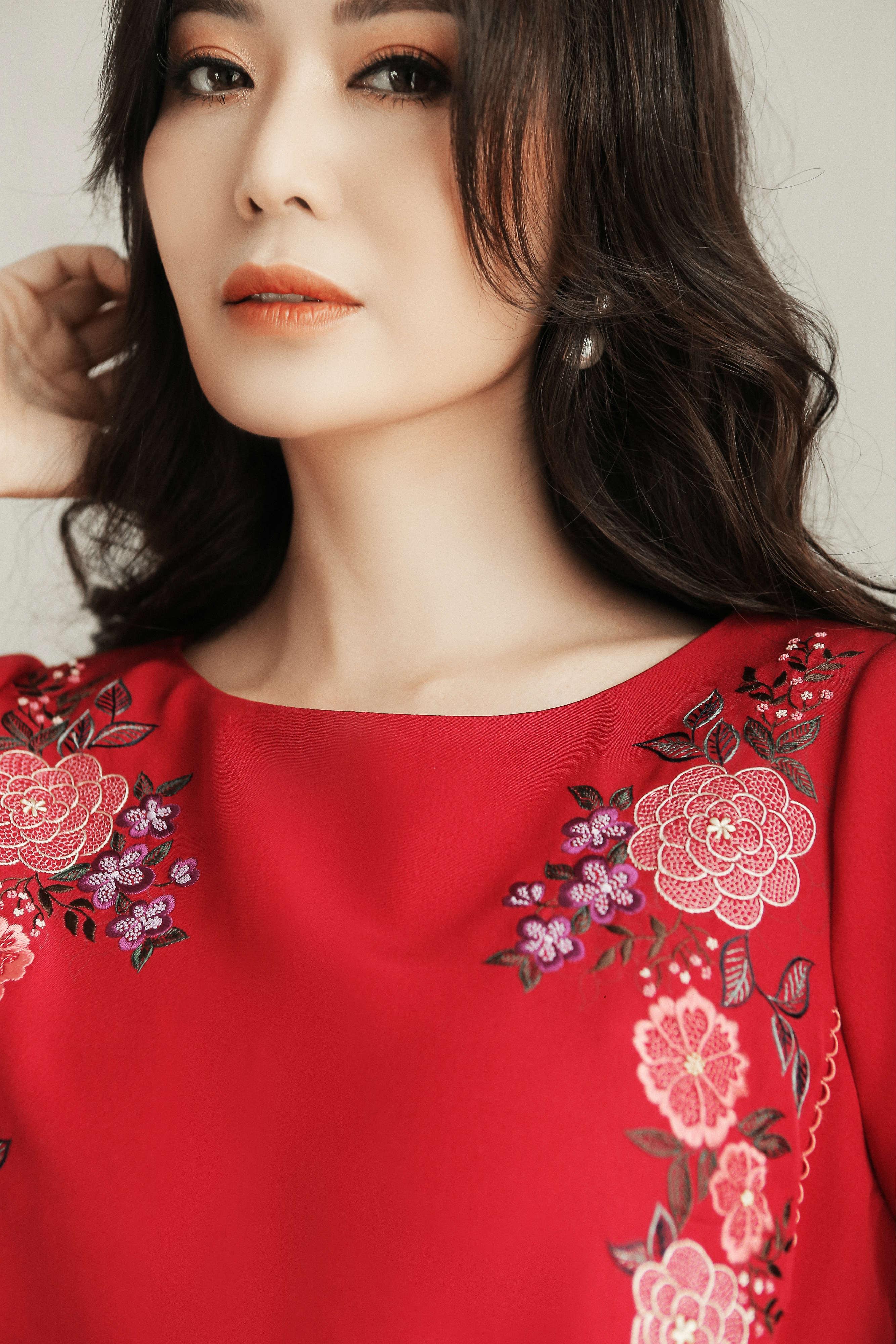 Hoa hậu Thu Thủy tiết lộ bí quyết trẻ đẹp ở tuổi 43 Ảnh 1