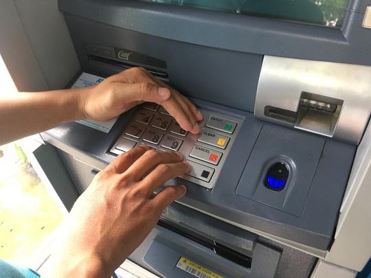 NHNN yêu cầu tăng cường bảo mật sau vụ nghi lộ thông tin thẻ Ảnh 1