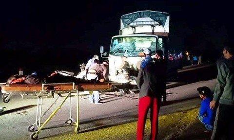 Xe tải đâm xe máy, 3 người trong một gia đình tử vong thương tâm ảnh 1