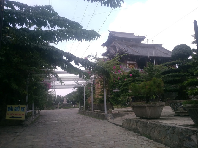 Độc đáo ngôi chùa mang kiến trúc Nhật Bản giữa lòng Sài Gòn Ảnh 1