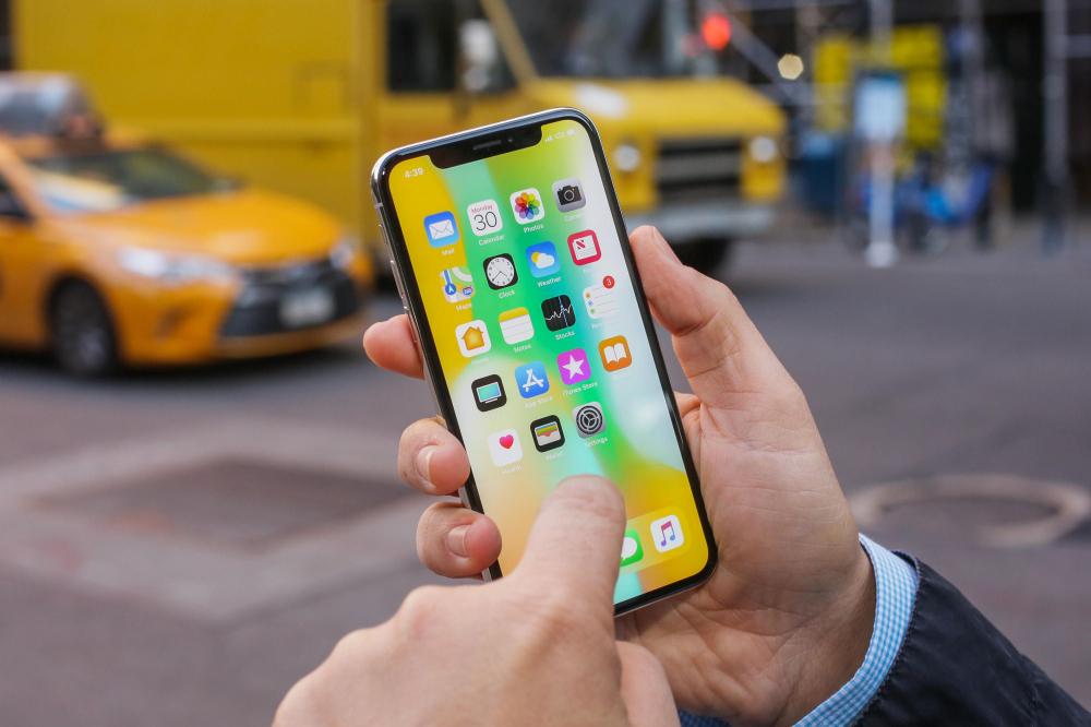Apple thay thế màn hình cho iPhone X bị lỗi cảm ứng Ảnh 1