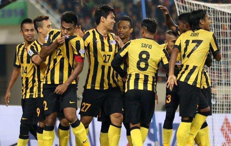Lội ngược dòng trước Lào, Malaysia vươn lên dẫn đầu bảng A AFF Cup 2018 Ảnh 2