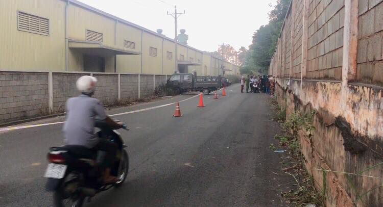 Phát hiện thi thể thiếu niên 16 tuổi dưới mương nước, bị xe máy đè ở Bình Dương Ảnh 1