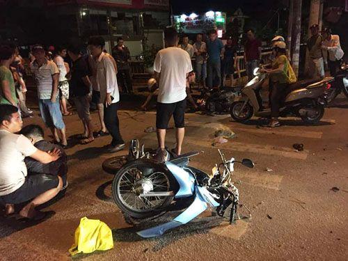 Hai xe máy đối đầu, Phó Giám thị Trại tạm giam Công an tỉnh Nghệ An thiệt mạng Ảnh 1