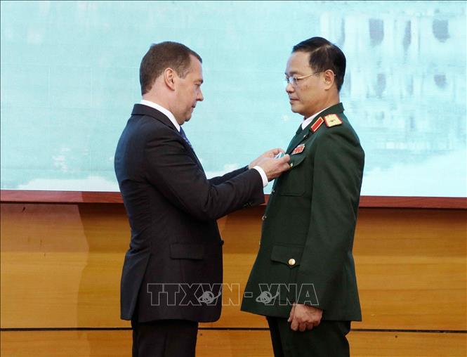Trao tặng phần thưởng của Nhà nước Nga cho Trung tâm Nhiệt đới Việt - Nga Ảnh 2