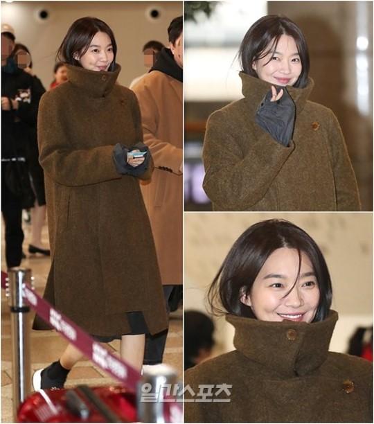 Cùng 'đổ bộ' sân bay, BlackPink thần thái đối lập nhau, bạn gái Kim Woo Bin vẫn nổi bật dù kín bưng Ảnh 7