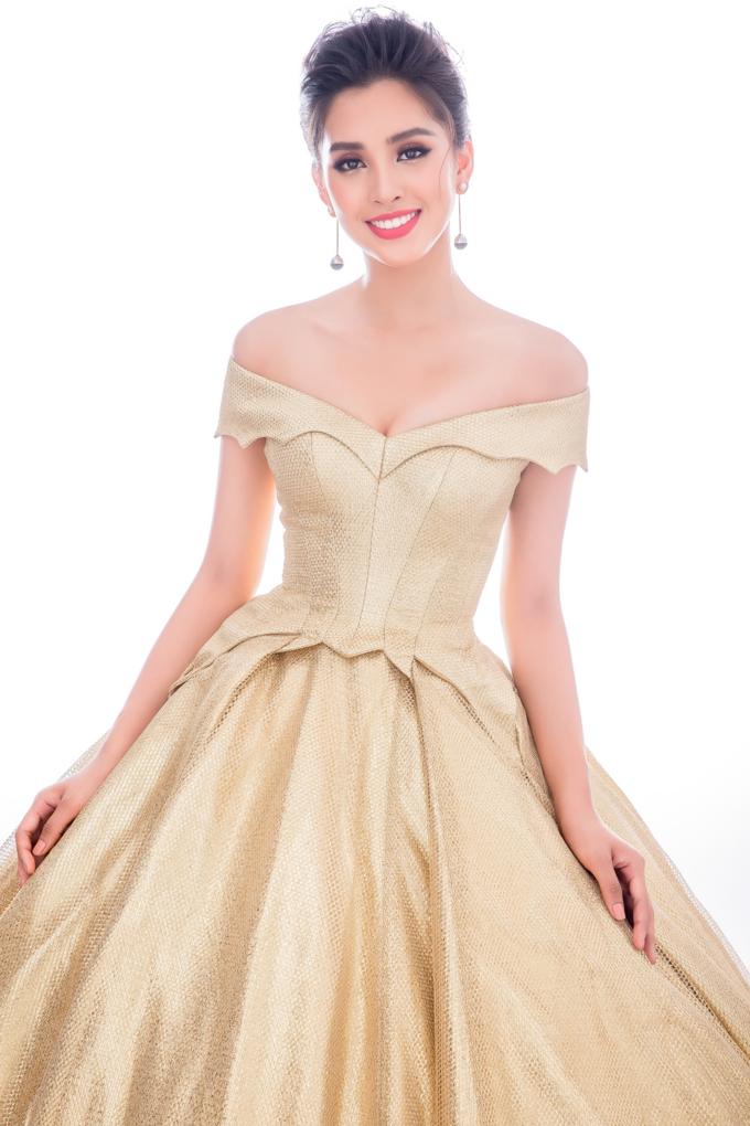 Miss World 2018: Lộ trang phục tham gia phần thi dạ hội - Hoa hậu Tiểu Vy khoe vẻ đẹp sắc sảo Ảnh 8