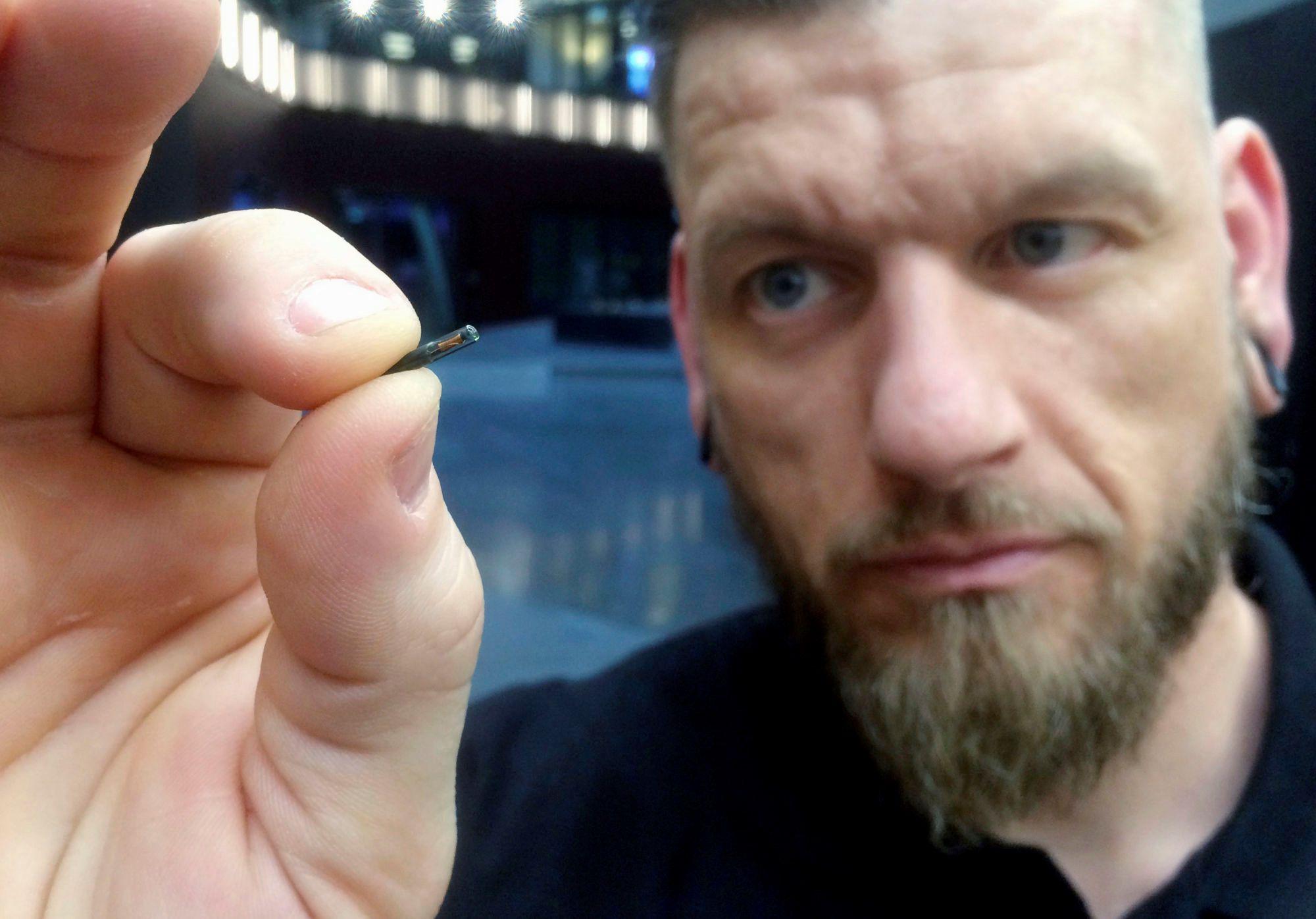 Cấy chip vào người sống - trào lưu đang nổi lên toàn cầu Ảnh 3