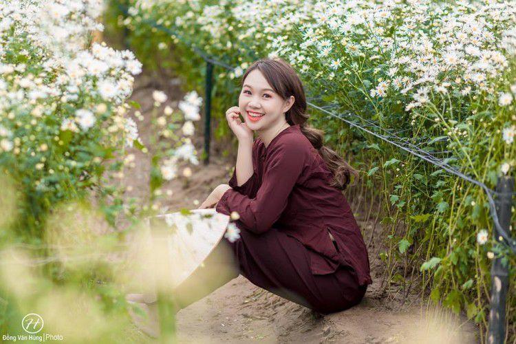 'Soi' nhan sắc thật của nữ sinh Tuyên Quang hóa thân thành 'em gái quê' trong bộ ảnh cúc họa mi gây sốt MXH Ảnh 12