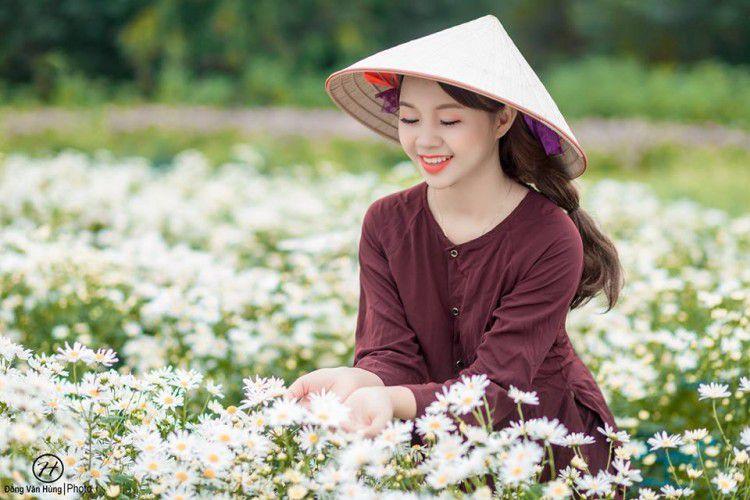 'Soi' nhan sắc thật của nữ sinh Tuyên Quang hóa thân thành 'em gái quê' trong bộ ảnh cúc họa mi gây sốt MXH Ảnh 10