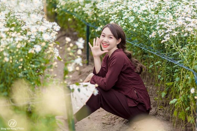'Soi' nhan sắc thật của nữ sinh Tuyên Quang hóa thân thành 'em gái quê' trong bộ ảnh cúc họa mi gây sốt MXH Ảnh 6