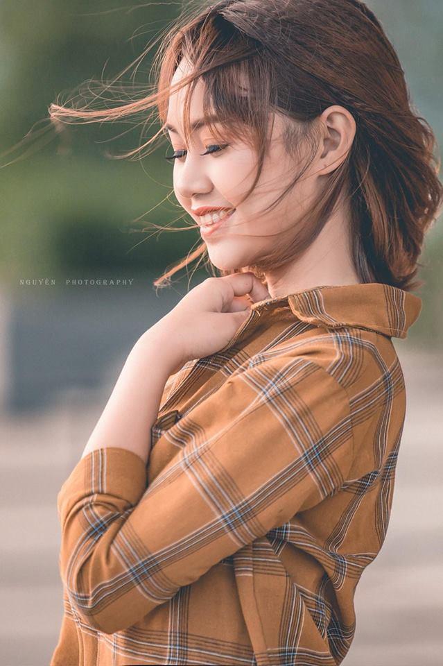 'Soi' nhan sắc thật của nữ sinh Tuyên Quang hóa thân thành 'em gái quê' trong bộ ảnh cúc họa mi gây sốt MXH Ảnh 15