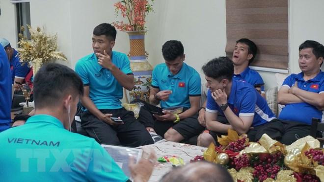 Khan vé xem trận bán kết lượt đi AFF Cup Phillippines vs Việt Nam Ảnh 2