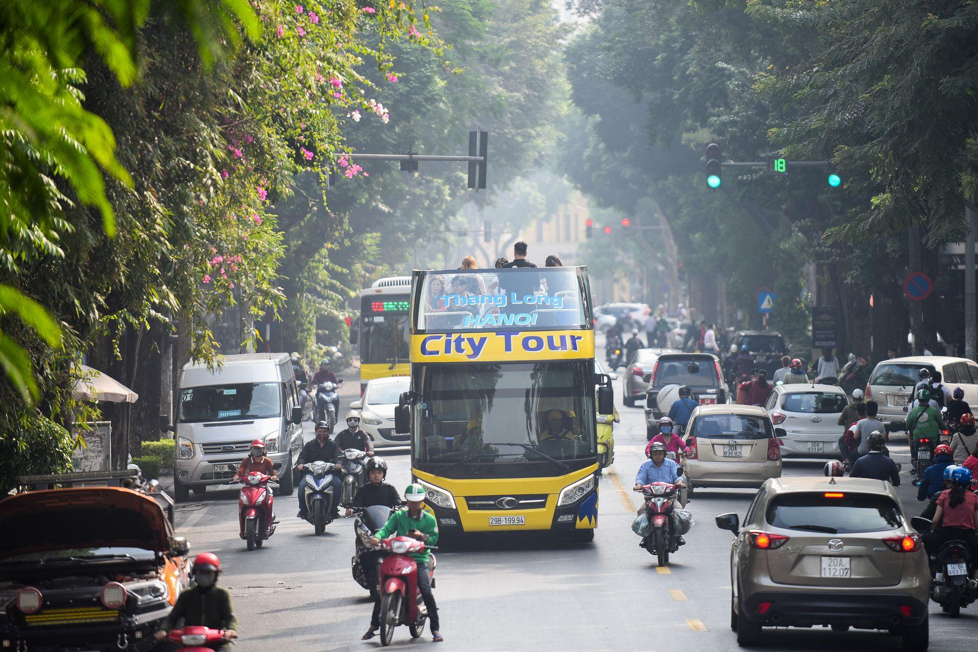Xe buýt 2 tầng màu mới xuất hiện trên đường Hà Nội Ảnh 14