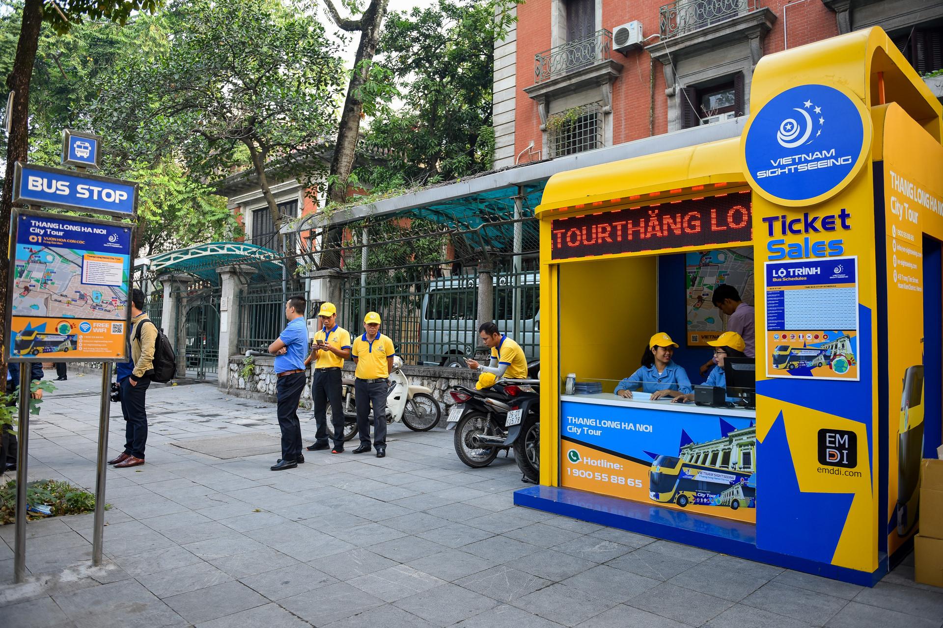Xe buýt 2 tầng màu mới xuất hiện trên đường Hà Nội Ảnh 4