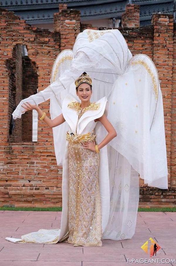 Với trang phục dân tộc có 1-0-2 này, hoa hậu Lào sẽ di chuyển, đứng ngồi ra sao Ảnh 7
