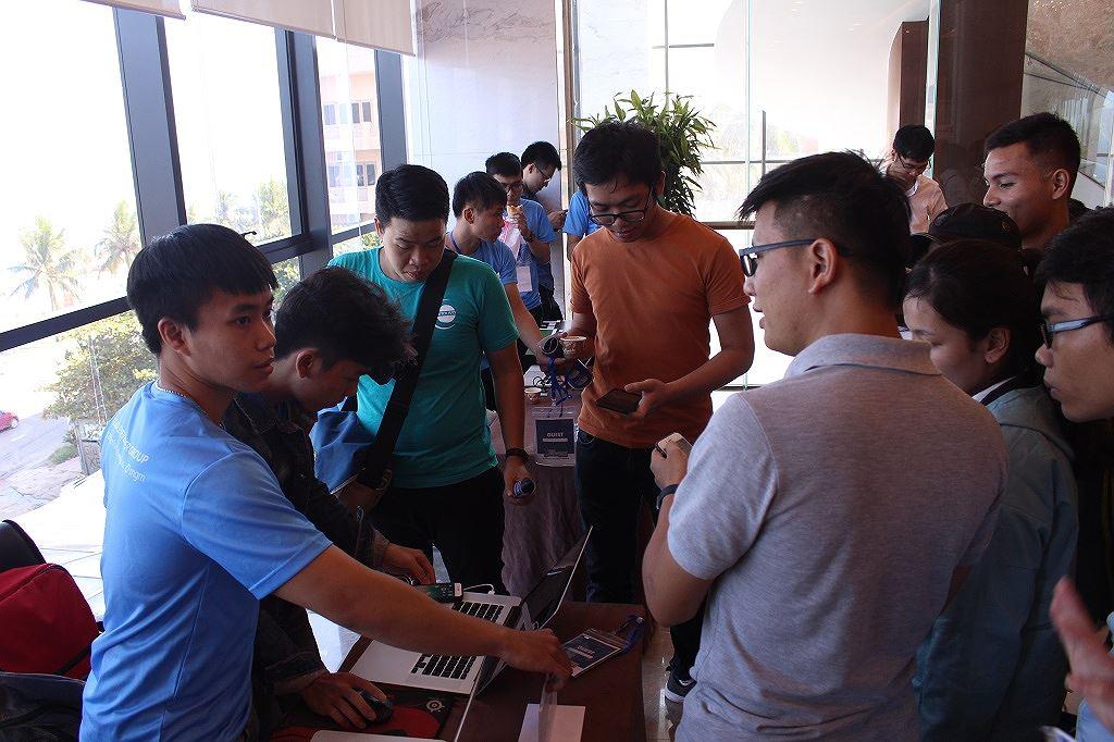 Ứng dụng báo cáo tình trạng giao thông thắng DevFest Hackathon 2018 Ảnh 2