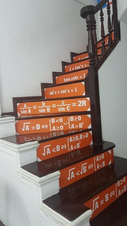 Những bậc cầu thang giúp học trò mang công thức Toán - Lý - Hóa 'in sâu vào tiềm thức' Ảnh 1