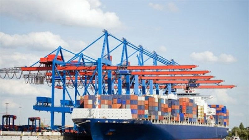 Việt Nam nhập siêu gần 22 tỷ USD từ Trung Quốc trong 11 tháng Ảnh 1