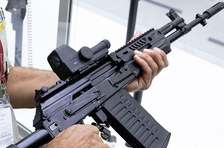 Tham vọng của Nga với súng trường tấn công AK-308 Ảnh 2