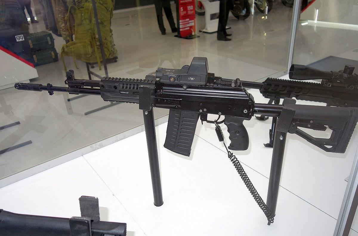 Tham vọng của Nga với súng trường tấn công AK-308 Ảnh 1