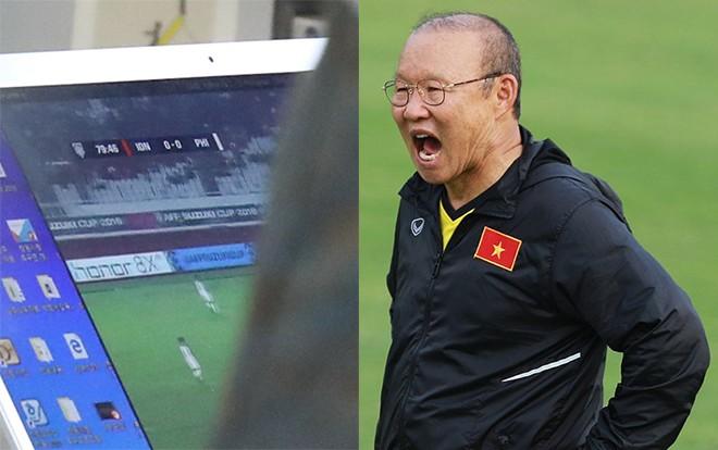 Xem HLV Park Hang Seo 'mổ băng' đối thủ tại AFF Cup 2018 mới thấy bóng đá không chỉ còn là cuộc chiến trên sân cỏ Ảnh 1