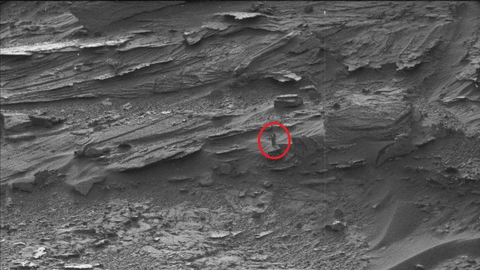 Những hình thù bí ẩn từng xuất hiện trên sao Hỏa Ảnh 5