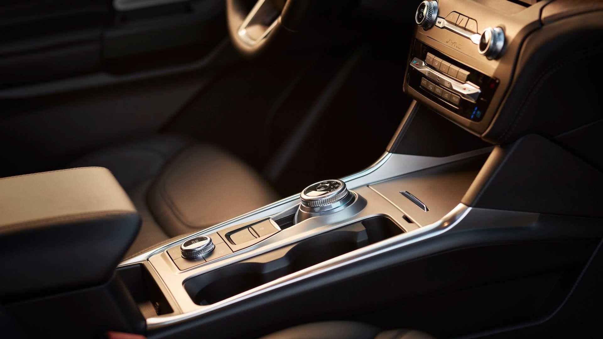 Ford Explorer 2020 lột xác hoàn toàn, giá từ 33.000 USD Ảnh 7