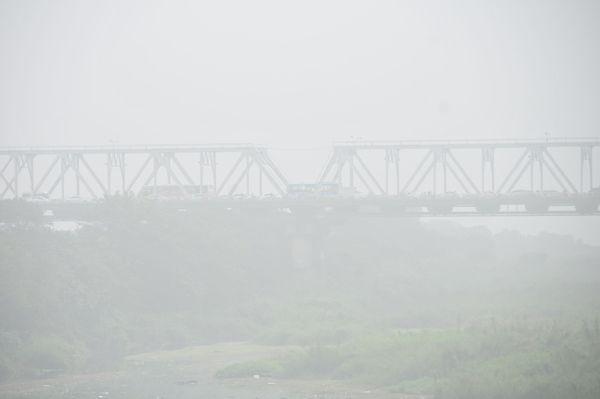 Hà Nội trong màn sương huyền ảo Ảnh 7