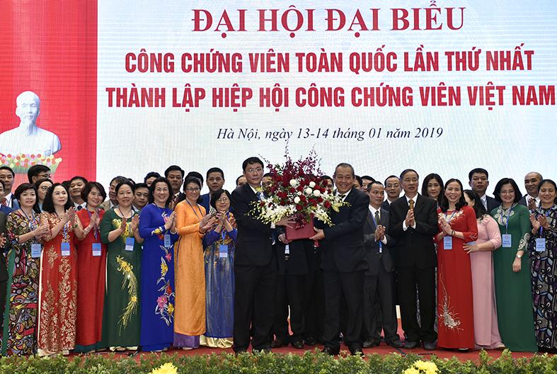 Phó Thủ tướng Thường trực dự Đại hội thành lập Hiệp hội Công chứng viên Việt Nam Ảnh 2