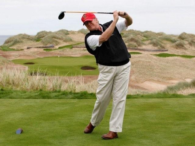 Ông Trump than 'thua lỗ' sau khi làm tổng thống Ảnh 3