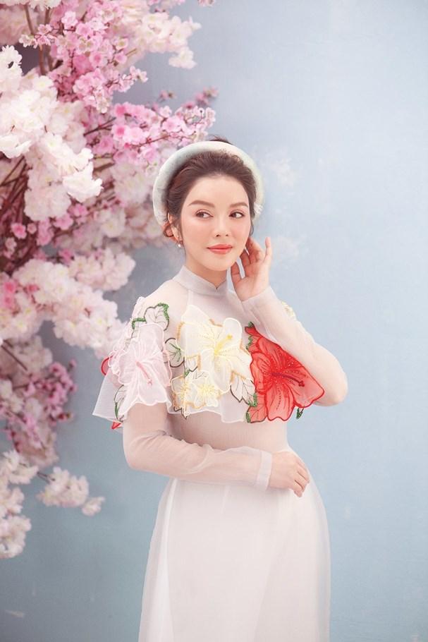 Lý Nhã Kỳ đẹp ngọt ngào trong bộ ảnh mừng Xuân Ảnh 2