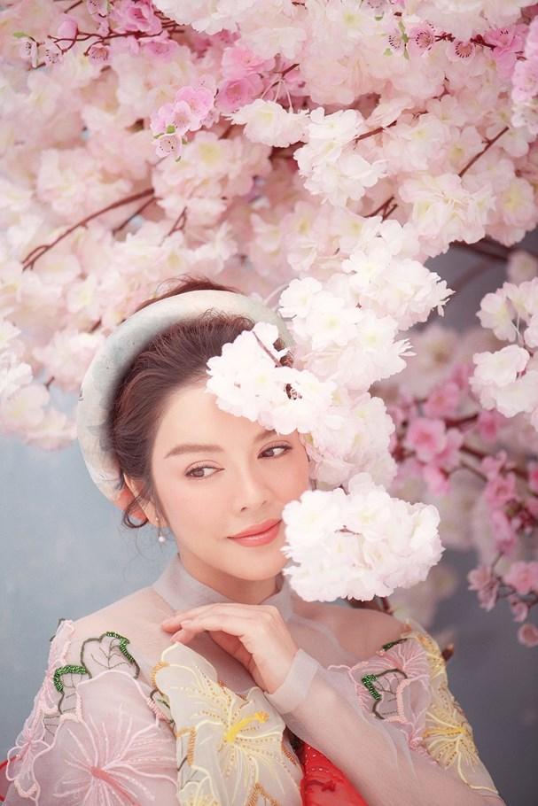 Lý Nhã Kỳ đẹp ngọt ngào trong bộ ảnh mừng Xuân Ảnh 3