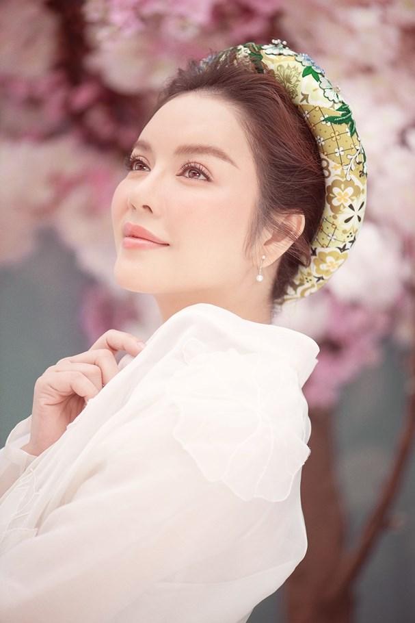 Lý Nhã Kỳ đẹp ngọt ngào trong bộ ảnh mừng Xuân Ảnh 8