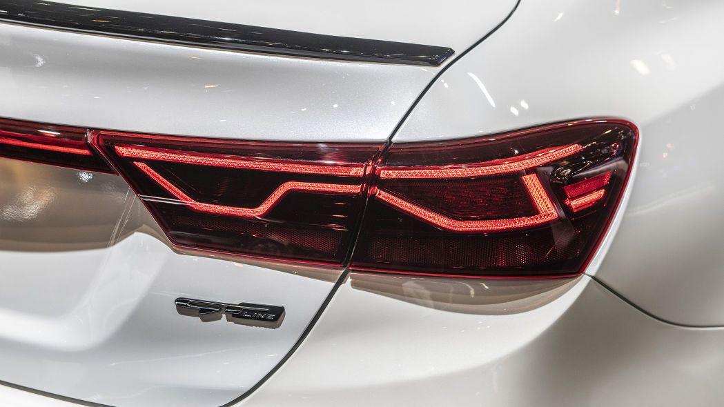 2020 Kia Forte GT-Line lộ diện chi tiết, đe nẹt Toyota Camry Ảnh 11