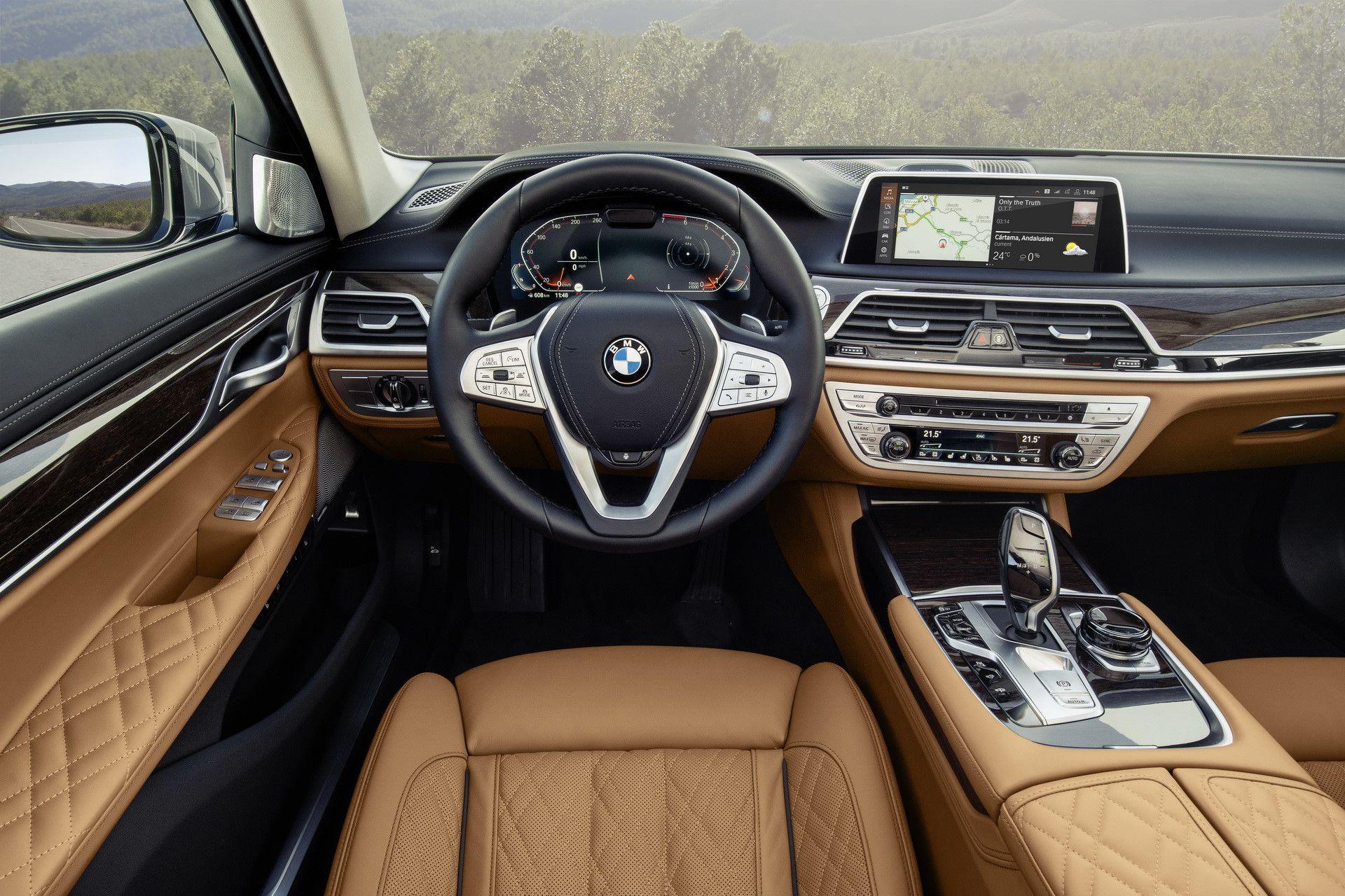 BMW 7-Series 2020 chốt giá rẻ hơn Mercedes-Benz S-Class Ảnh 4