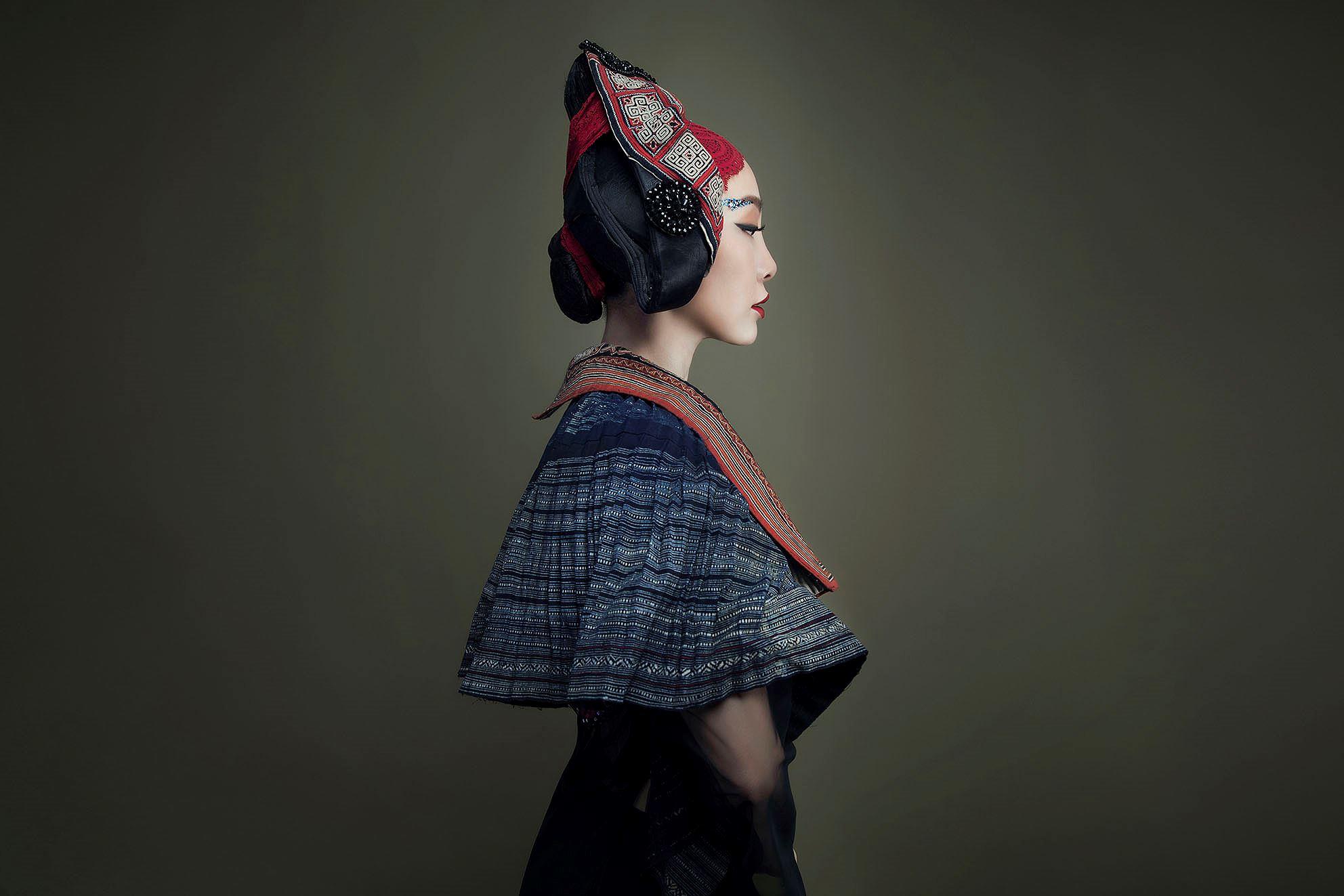 'Chim công làng múa' Linh Nga hóa nàng xuân Tây Bắc với áo dài hoa ban Ảnh 5