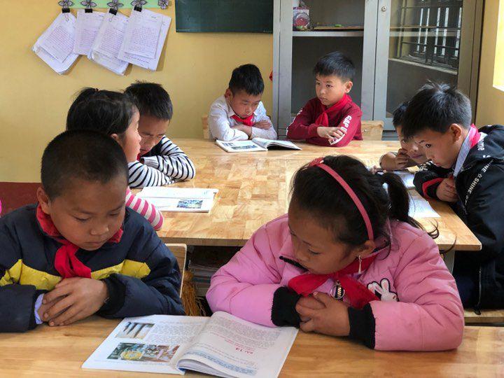 96% học sinh ở Pha Long đã trở lại các điểm trường đi học sau kỳ nghỉ Tết Ảnh 2