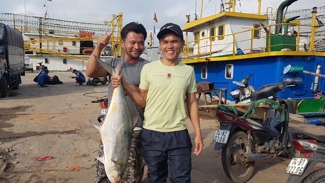 Ngư dân kể chuyện đánh trúng mẻ cá 'khủng' 120 tấn Ảnh 1