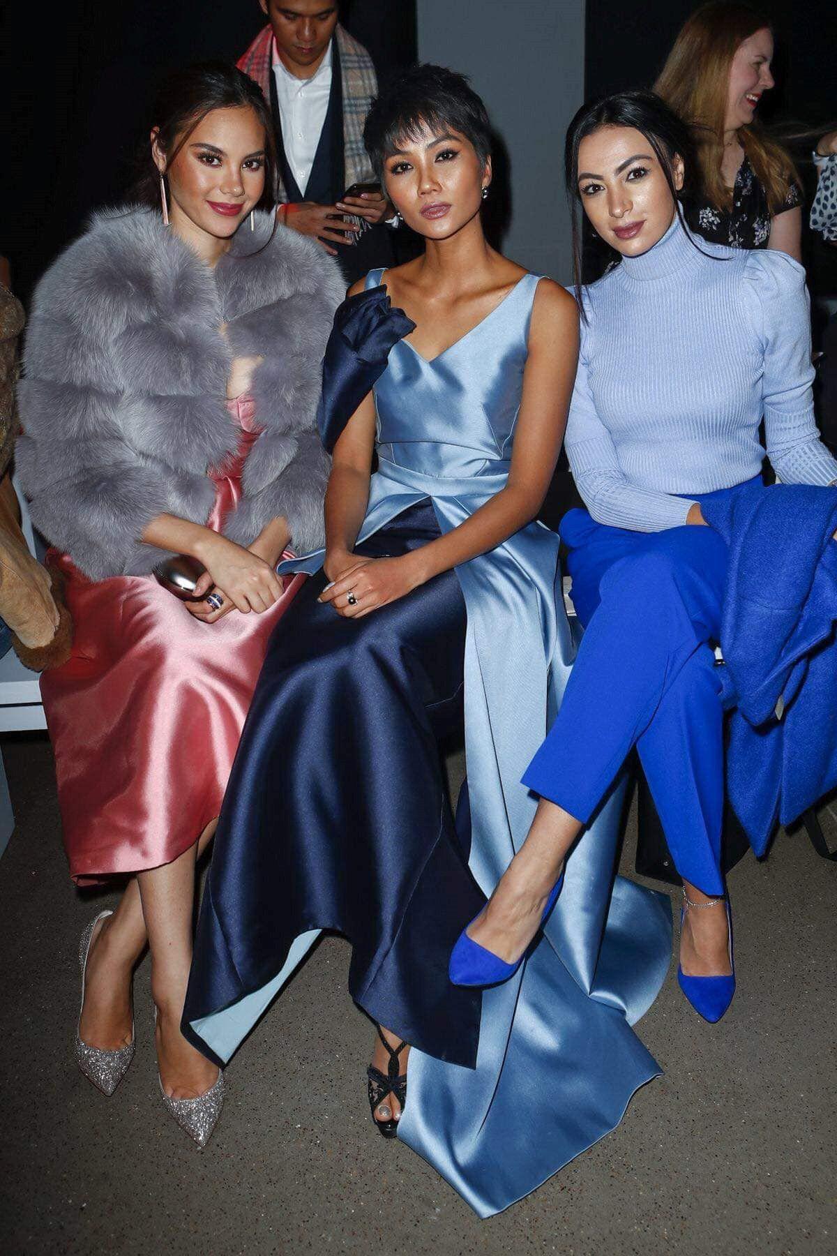 H'Hen Niê hội ngộ Hoa hậu Hoàn vũ tại Tuần lễ Thời trang New York Ảnh 1