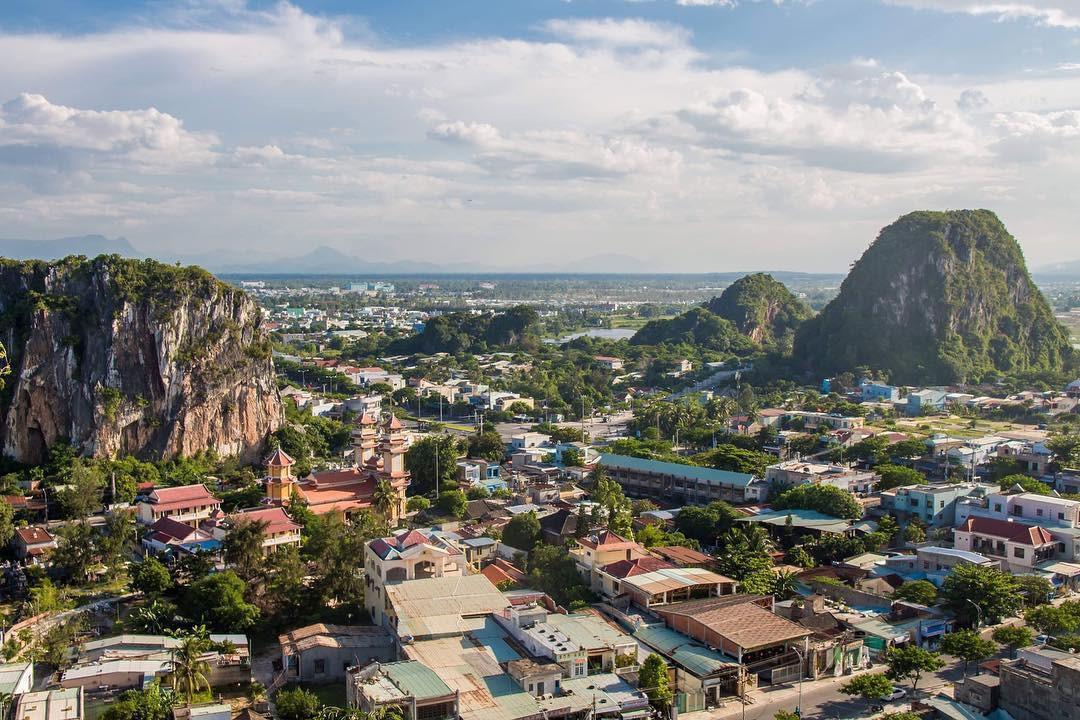 Quận nào có tên dài nhất Việt Nam, nhắc đến một danh thắng nổi tiếng? Ảnh 1