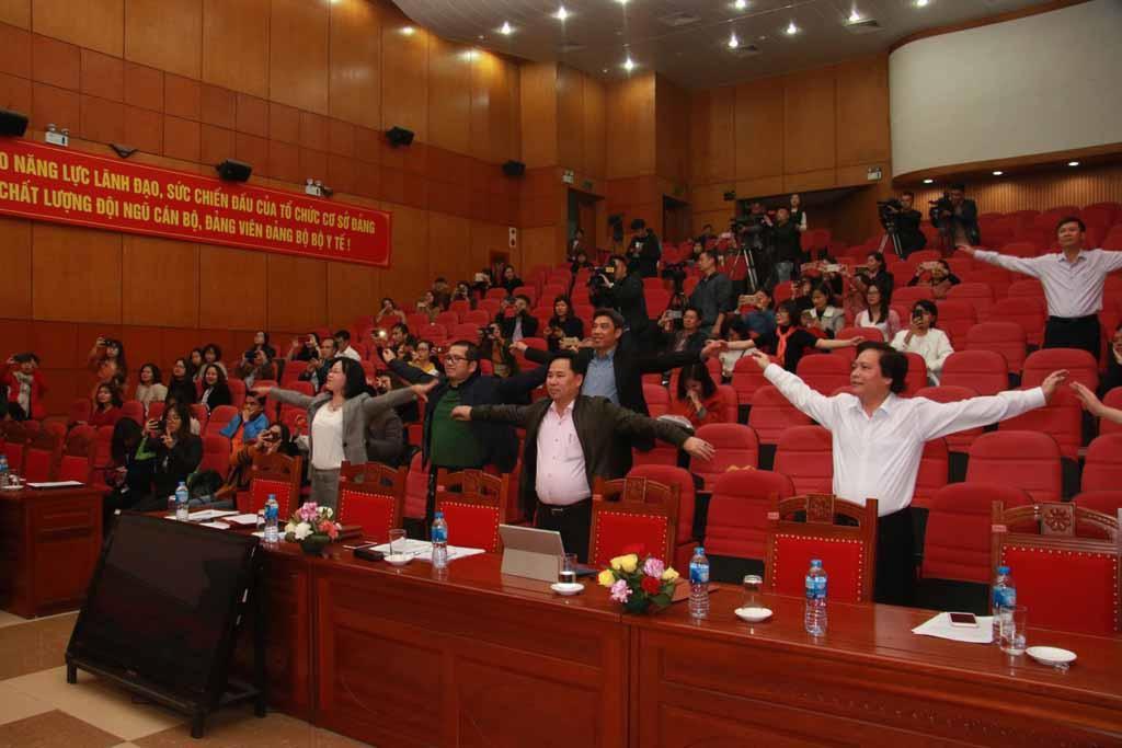 Mời HLV Park Hang-seo làm Đại sứ thiện chí cho chương trình sức khỏe Việt Nam Ảnh 1