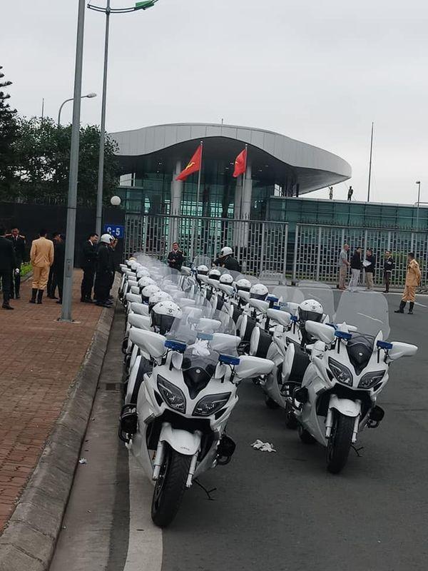 Cảnh sát Việt Nam đợi lệnh hộ tống Donald Trump và Kim Jong Un bằng dàn mô tô khủng Ảnh 3