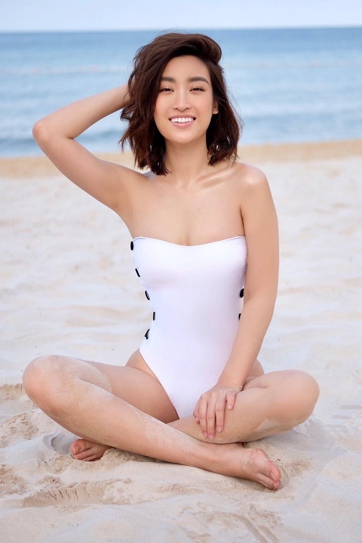 Hoa hậu Đỗ Mỹ Linh khoe vóc dáng gợi cảm với đồ bơi Ảnh 6