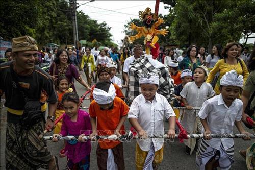 Đảo Bali 'mất điện' trong 'Ngày im lặng' Ảnh 2