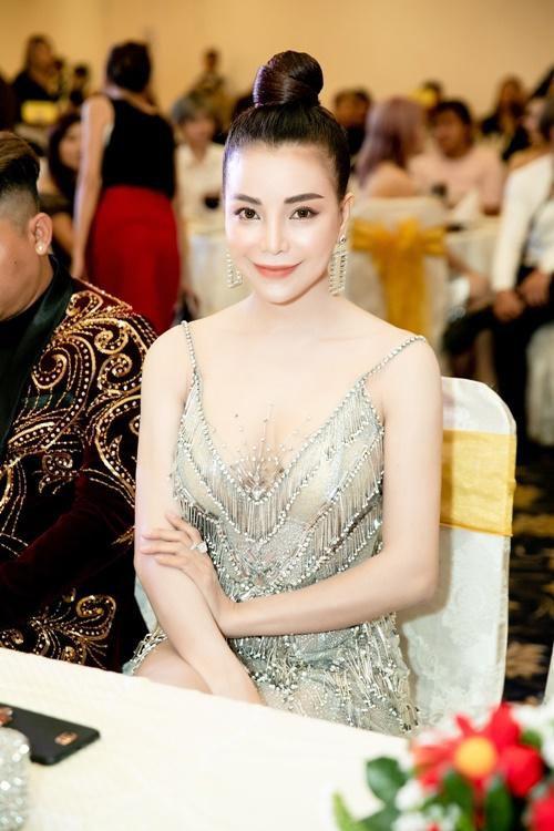TRÀ NGỌC HẰNG ĐƯỢC VINH DANH NỮ HOÀNG SẮC ĐẸP TẠI ĐÊM OSCAR FOR HAIR 2019 Ảnh 2